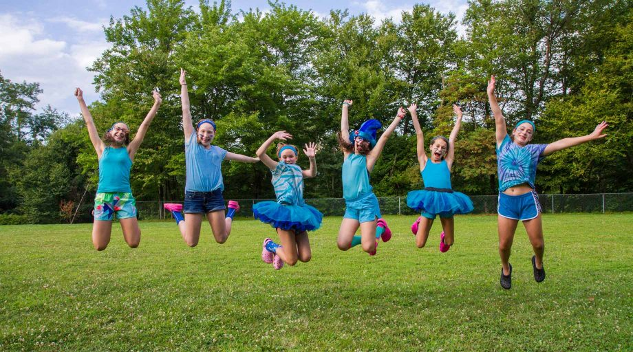 Campers jumping during color war
